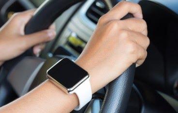 駕駛時用 Apple Watch 隨時吃告票