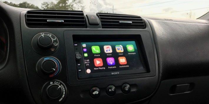 支援 Carplay 或 Android Play 的汽車音響隨時也會成為被針對的對象。