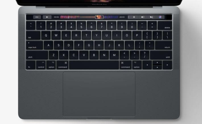 今次要維修的,全都是使用第二代蝶式結構薄鍵盤。
