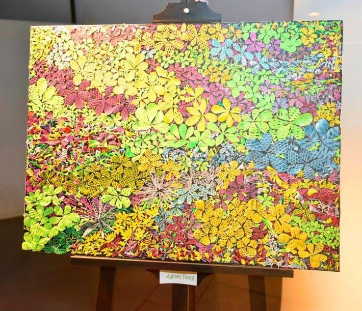 利用壓平的蔬果網,加以剪裁及拼砌,更可製成另一種創意環保藝術畫。