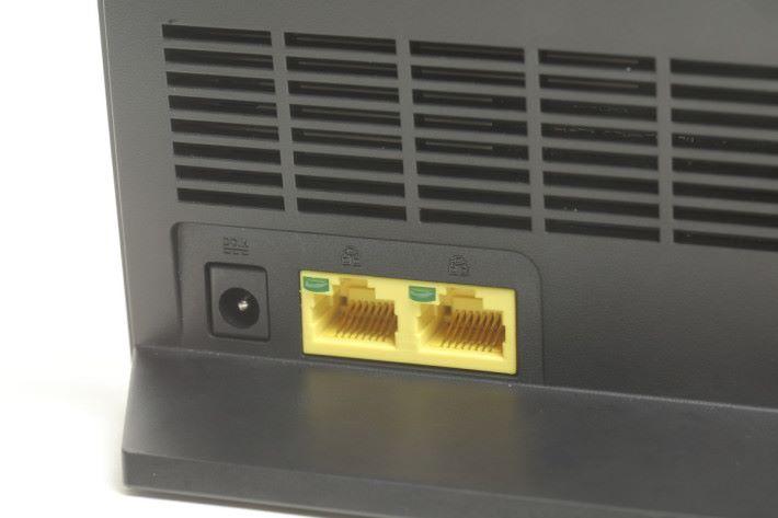 具備兩個Gigabit LAN埠,可將其中一個變為WAN埠。