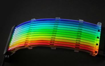 聯力 Strimer RGB 24 Pin 電源線 於美國 Newegg 正式開賣