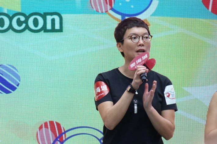 霍露明博士表示,首屆中學生進行比賽,實力超乎想像。