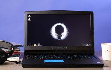 電競武裝  Alienware 17