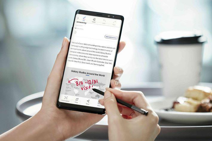 新的 S-Pen 不單止用卡記事,未來更有其他功能植入,相信很多Note手機用戶都很期待吧!