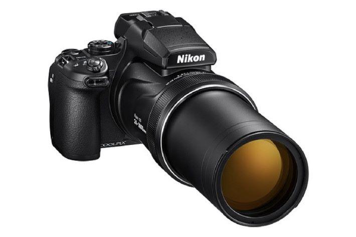 重量達 1.4kg,3000mm 時還 f/8 光圈,對於天文攝影已經是好輕便好實用。