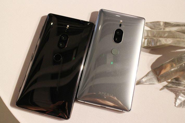 備有鉻黑及鉻銀兩種顏色可選擇。