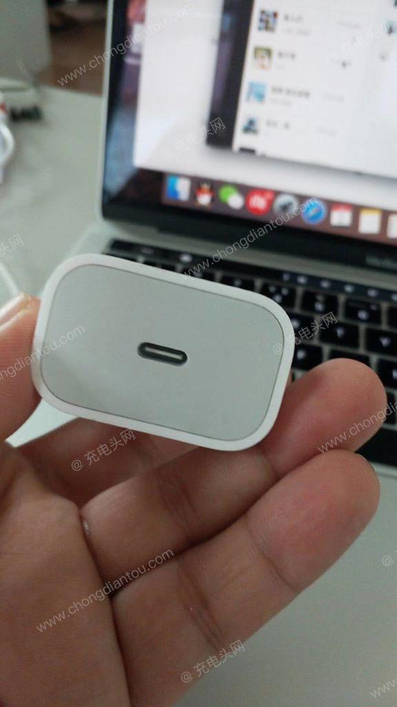 有消息指 Apple 將會為 iOS 產品改用 USB Type-C 的充電器