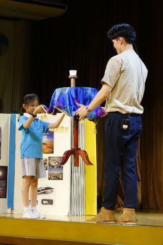 小學生也可參與魔術表演,相信能令他們的童年留下深刻印象。