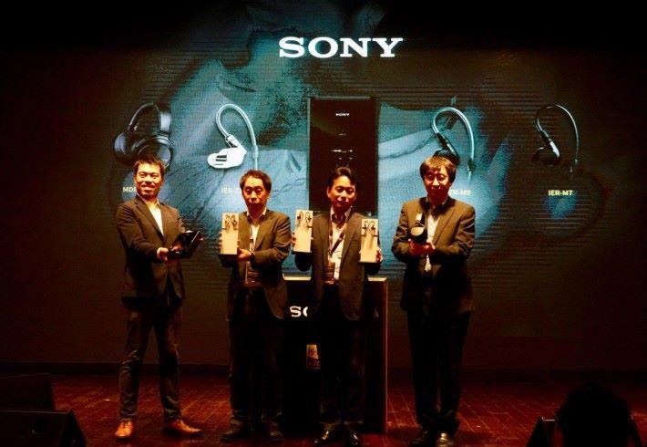 Sony 今日趁著高級視聽展前夕,在香港發表多款影音產品