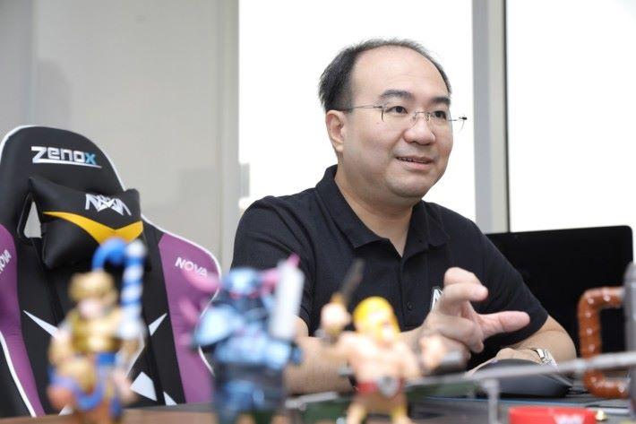 Anthony 更指出只有小數玩家取得前列名次是不夠,要做就要「洗版」才會滿意。