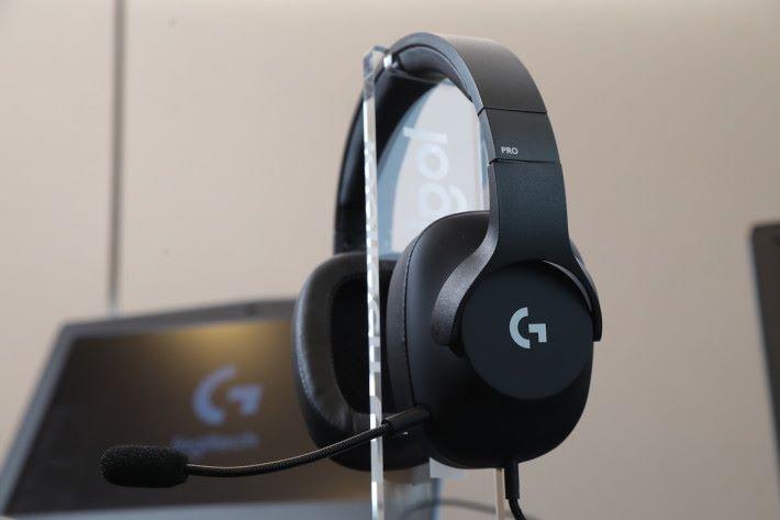 PRO-G 音響單元採用專利的複合網格材質提供強勁的低音和清晰精確的高音,並將失真減至最低。