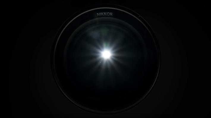影片中,對於相機及鏡頭的描述都神秘。