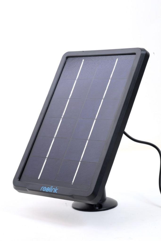 可另購 Reolink Solar Panel 太陽能板,來供電給 Argus 2 IP Cam。