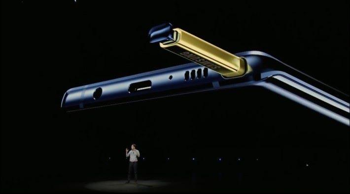 S Pen 加入藍牙遙控功能,相當實用。