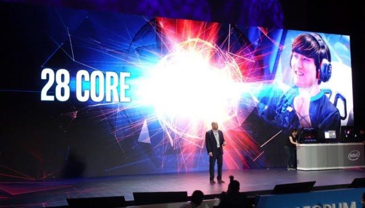 Intel 28 核 CPU:「年尾等我出招吧!」