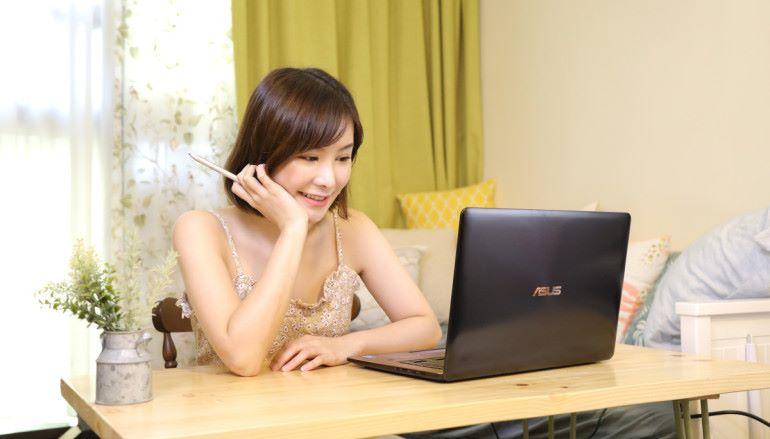 雙屏.高色準.發揮無限創意 ASUS ZenBook Pro 15