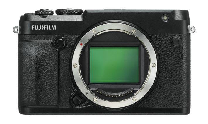 GFX 50R 配備5,140 萬像素中片幅 CMOS。