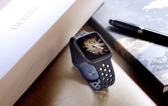 更大更實用  Apple Watch Series 4 開箱試