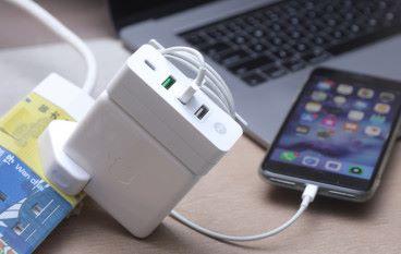 M2 Cube 將 MacBook 火牛變身充電 Hub