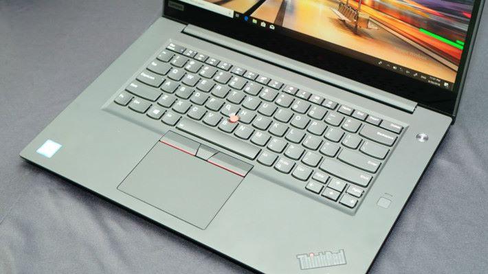 傳統 ThinkPad 的設計,對於很多用家來說,簡直愛不惜手。