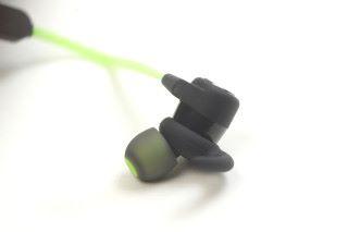 Outlier Sports 的 Auraseal 硅膠耳塞,能隔絕外部噪音。