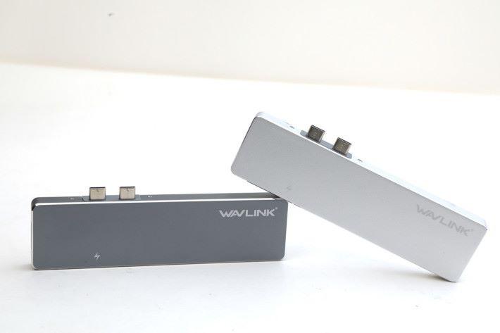 UHP3405M USB Type-C 轉接器有太空灰及銀兩種顏色,專為新 MBP 而設。