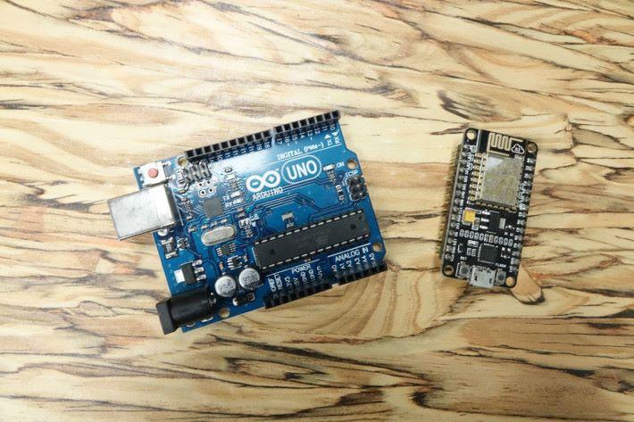 馬老師表示 Arduino 外,目前也有使用 NodeMCU ,價錢更便宜。