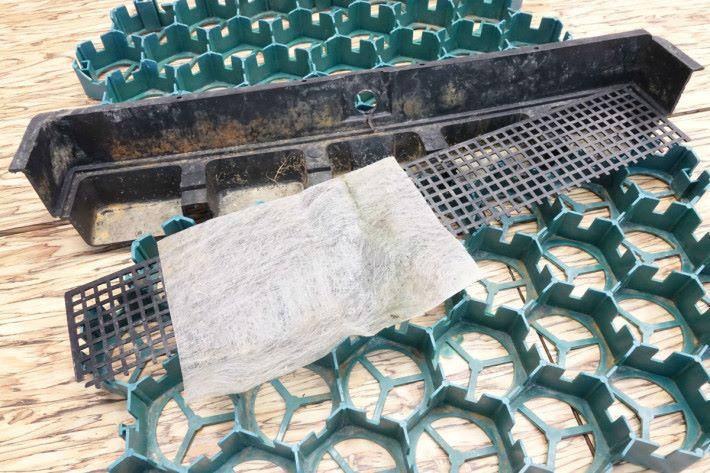 草地系統就是運用圖中的物料,做到儲水和隔濾。