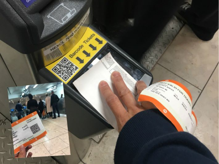 二維碼在人流高的環境並不適合,不過希斯路機場快線就用上此方案,但整體掃描速度不及感應式支付。