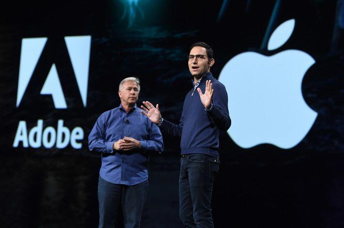 Apple 的高級副總裁 Phil Schiller 都有在大會中站台,推銷 Apple 推出專為 AR 而開發的 USDZ 檔案格式。