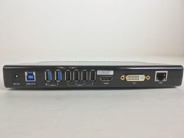 既想使用現有 DVI 甚至 VGA 屏幕,又想擴展連接能力, UG39DK4 頗實用。