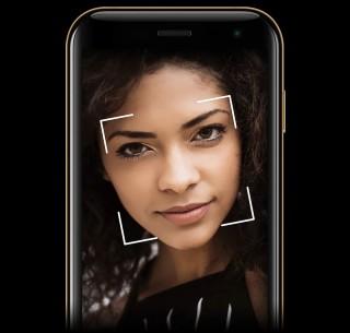 採用 Android 8.1 的 Palm 手機一樣有臉部辨識開機,也可以 Google Assistant