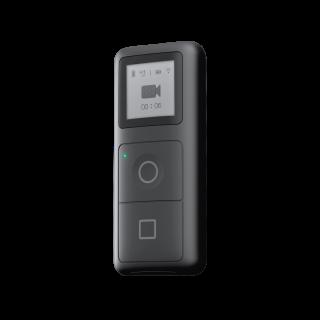 細細個的防水遙控器有拍攝、停止按鍵,也有個單色屏幕。