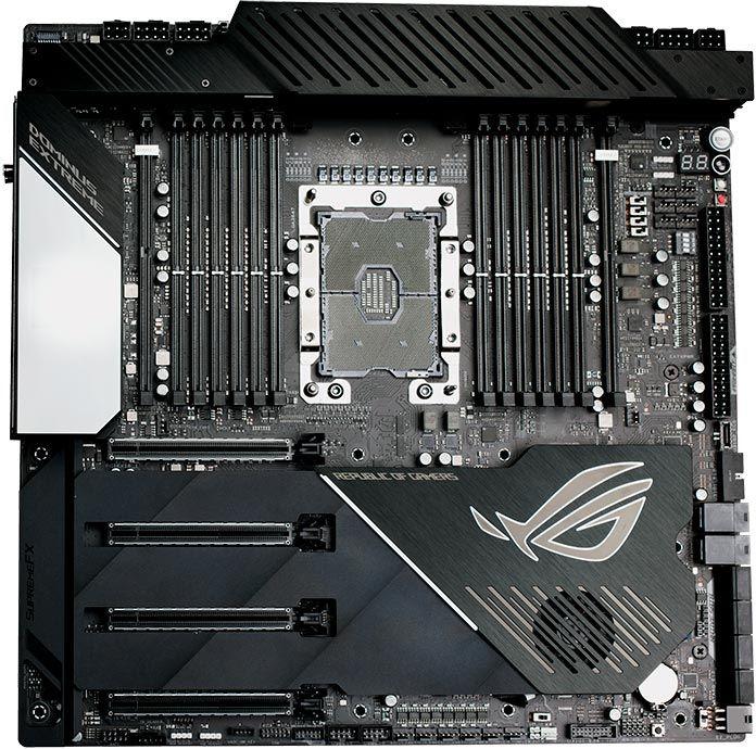 ASUS ROG Dominus Extreme 主機板具備 1 個 LGA 3647 Socket。