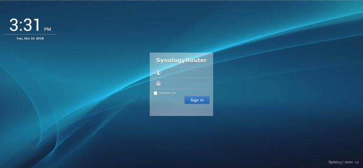 網頁版登入介面與 NAS 相似。
