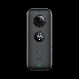 ONE X 機身變得較扁平,前面鏡頭下方有個圓形 LED 屏幕,可顯示簡單資訊,下面有按鍵及提示燈。