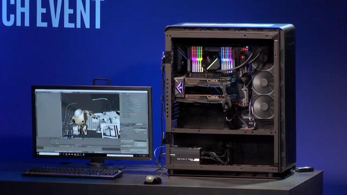 Intel 並沒有在發表會公布 Xeon W-3175X 的實物外觀,這顆 CPU 一直都內藏於這套 ASUS ROG PC。