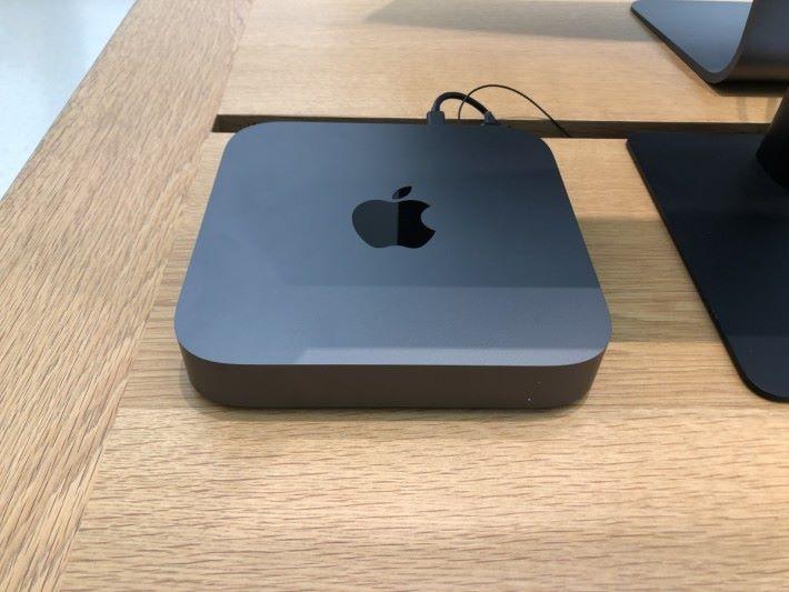 新推出的 mac mini 同樣可以讓用家自更換 Ram