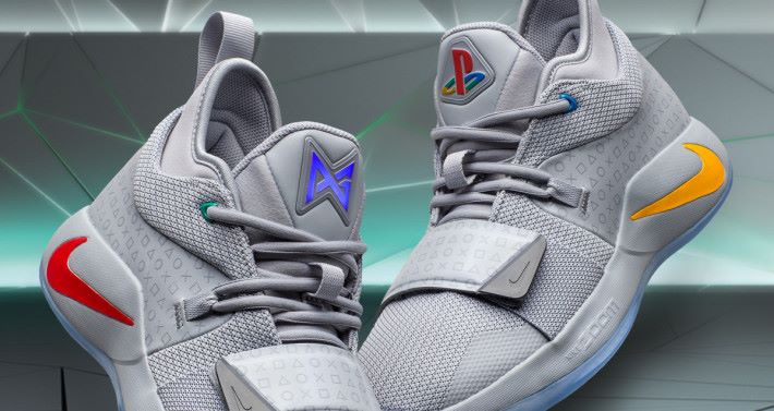 Playstation 版本的 Nike PG 2.5