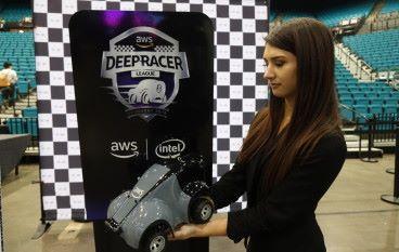 亞馬遜出自動駕駛車 明年 re:Invent 辦盃賽