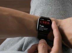 America First ! Apple Watch 心電圖功能香港冇份 ?