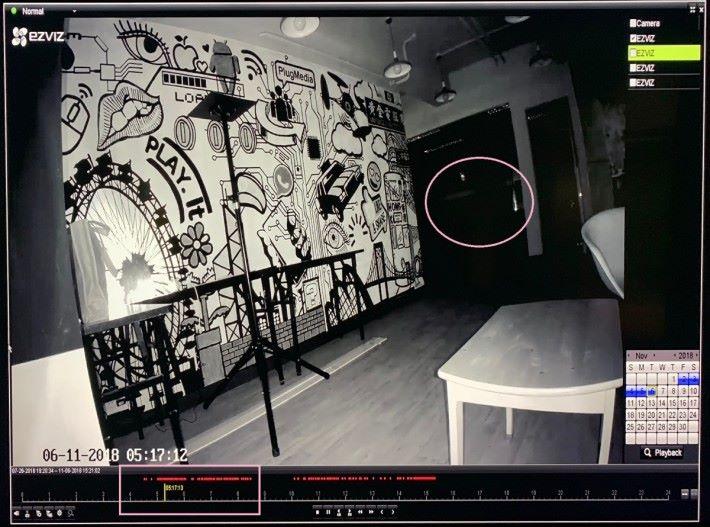 凌晨全黑環境下,璧畫仍很清晰。不過動作偵測功能怎麼會在凌晨錄影?公司沒有人啊,會否是昆蟲呢?