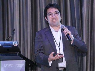 Tony Chan表示,CEM透過機器學習技術分析企業網絡流量,可偵測異常,為多雲端環境提供保護。