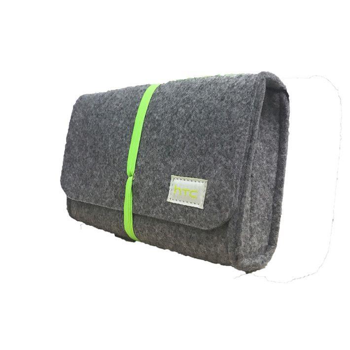 HTC 旅行收納袋(價值 $138)。