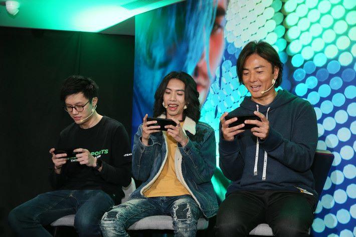 向來鍾意打機的鄭伊健現身發布會,大讚新機效能夠勁,更同達哥即場一齊用 Razer Phone 2 打機。
