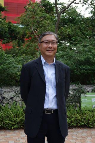 香港天文台科學主任林學賢博士表示天文台所發出的預測訊息,是經由大量數據運算及分析。