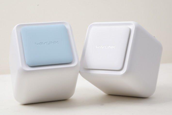 WAVLINK HALO Base 的骰可愛,容易融入家居環境。兩件裝包含 1 個 Router Node 和 1 個 Satellite Node。
