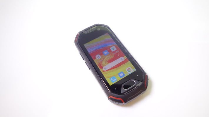 典型三防手機的設計