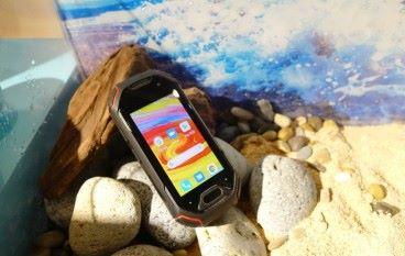 全球最小的 三防手機 Unihertz Atom 亞洲首賣